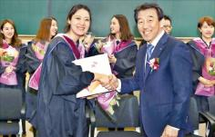 SK Group turned out its first Social Entrepreneurship MBA (SEMBA) graduate. 이미지